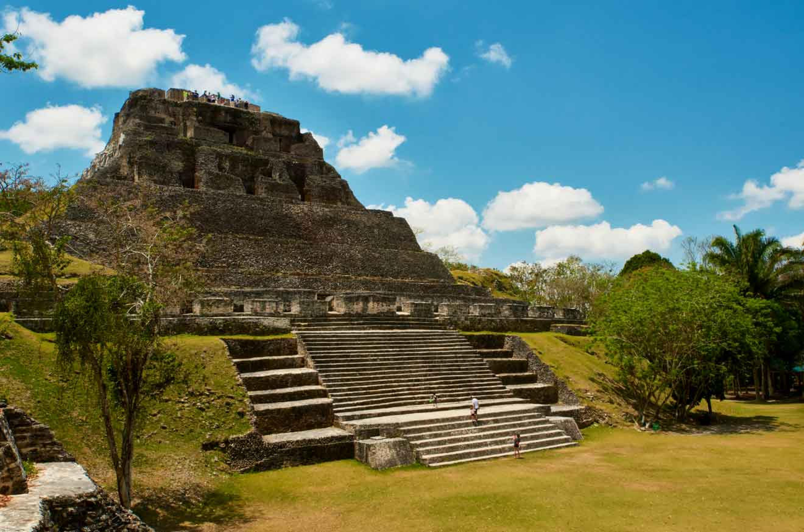 Xunantunich and Inland Blue Hole