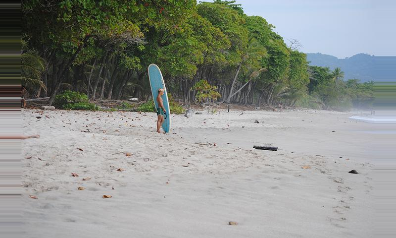 On the east coast, you can find the best waves to learn how to surf; while  on the west coast, from Esterillos Oeste to ...