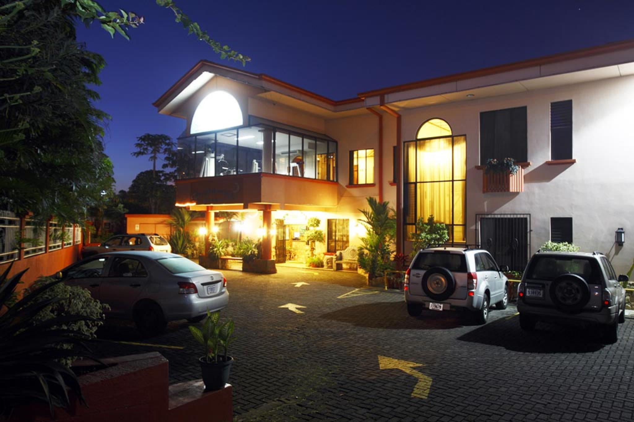 Hotel Adventure Inn