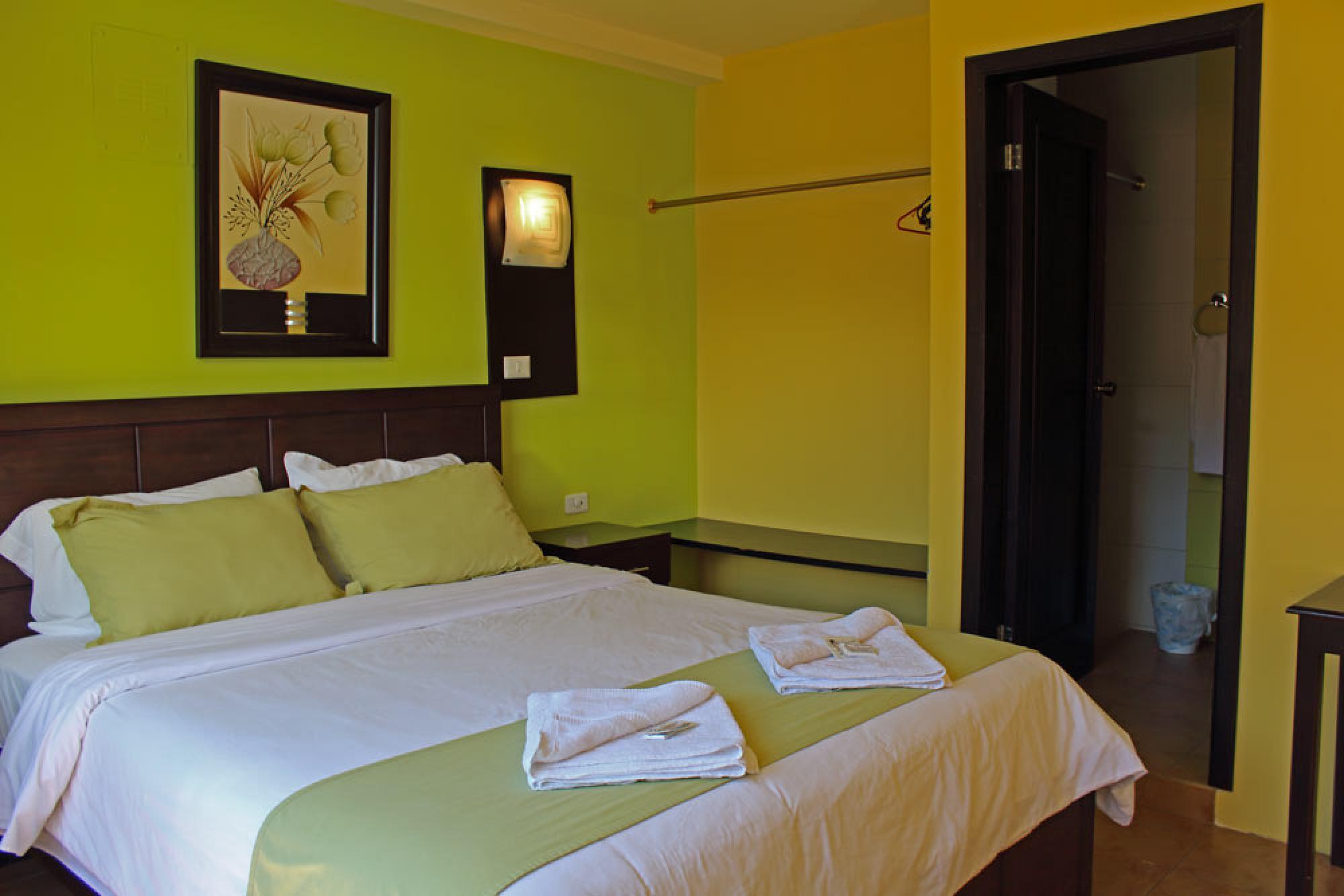 La Chimenea Hotel
