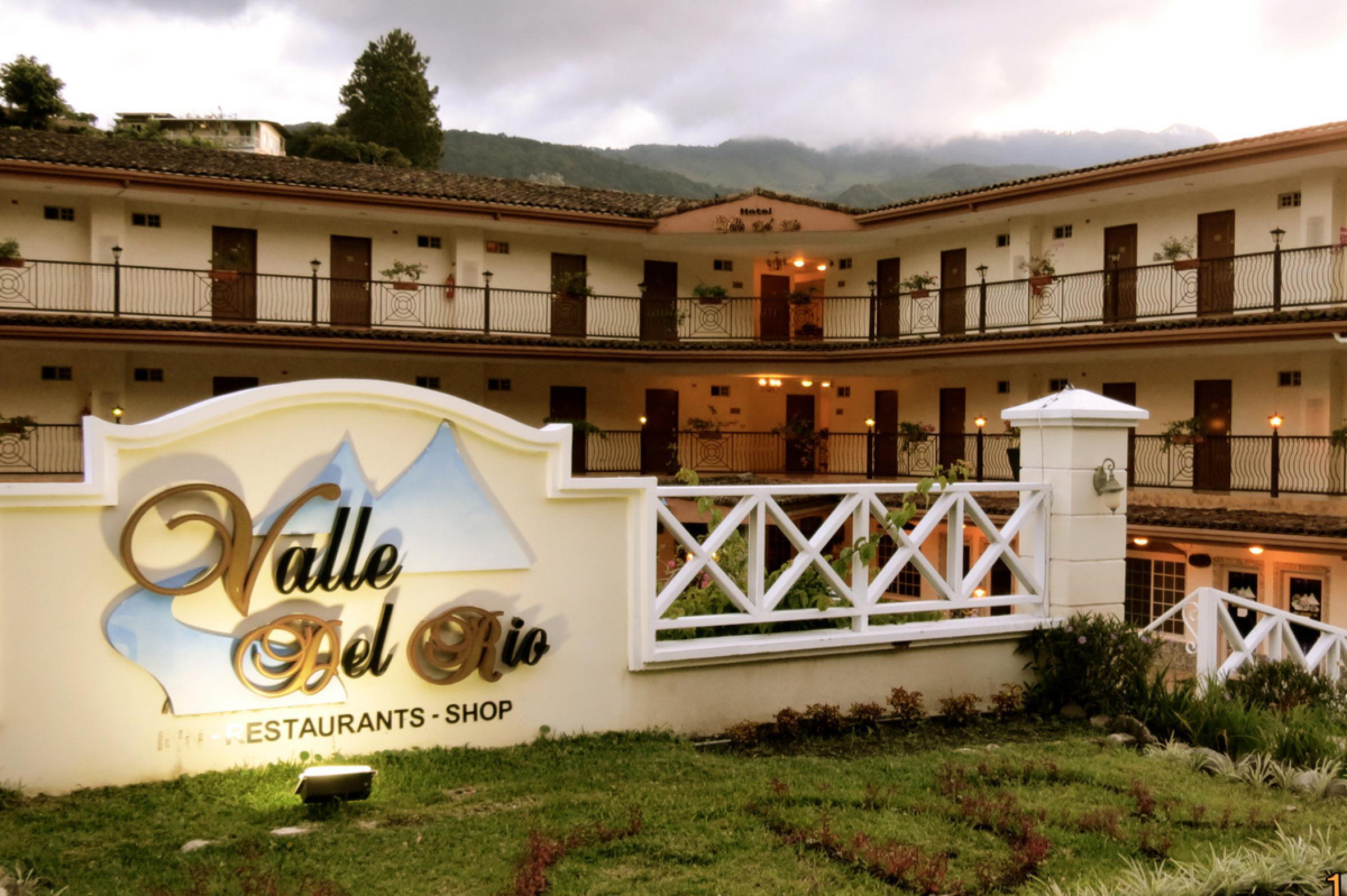 Hotel Valle del Río
