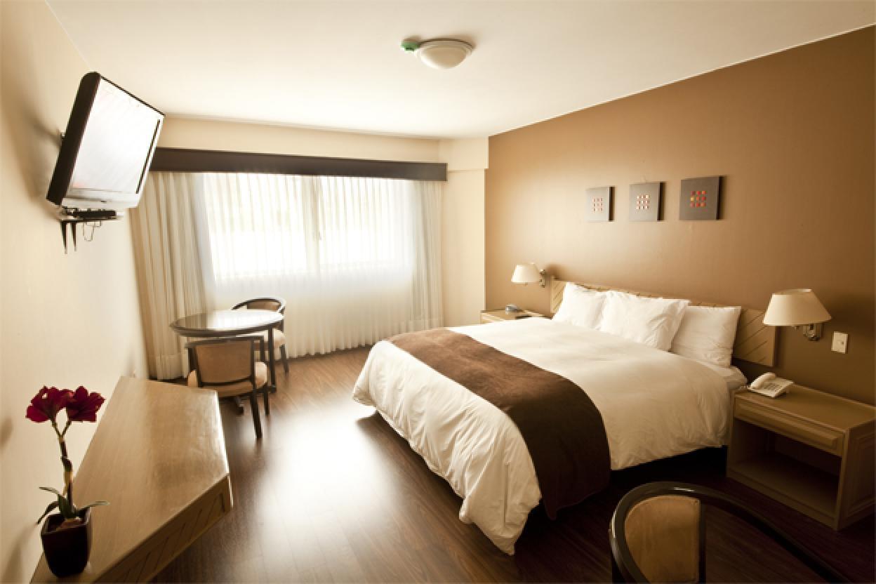 Jose Antonio Hotel