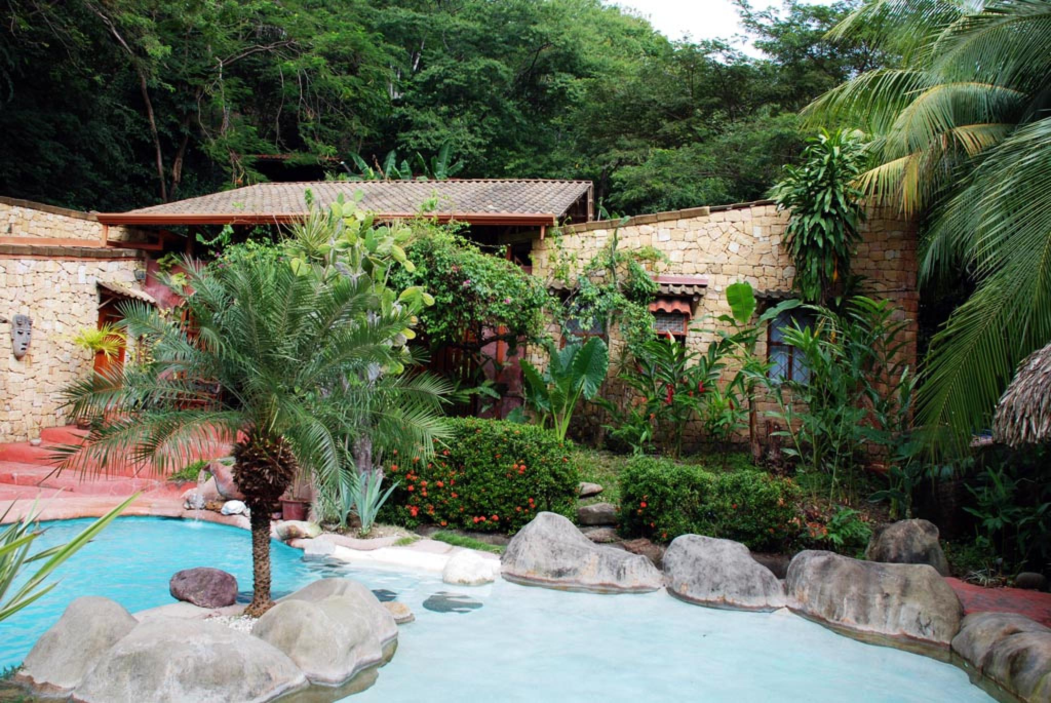 La Hacienda Tropical