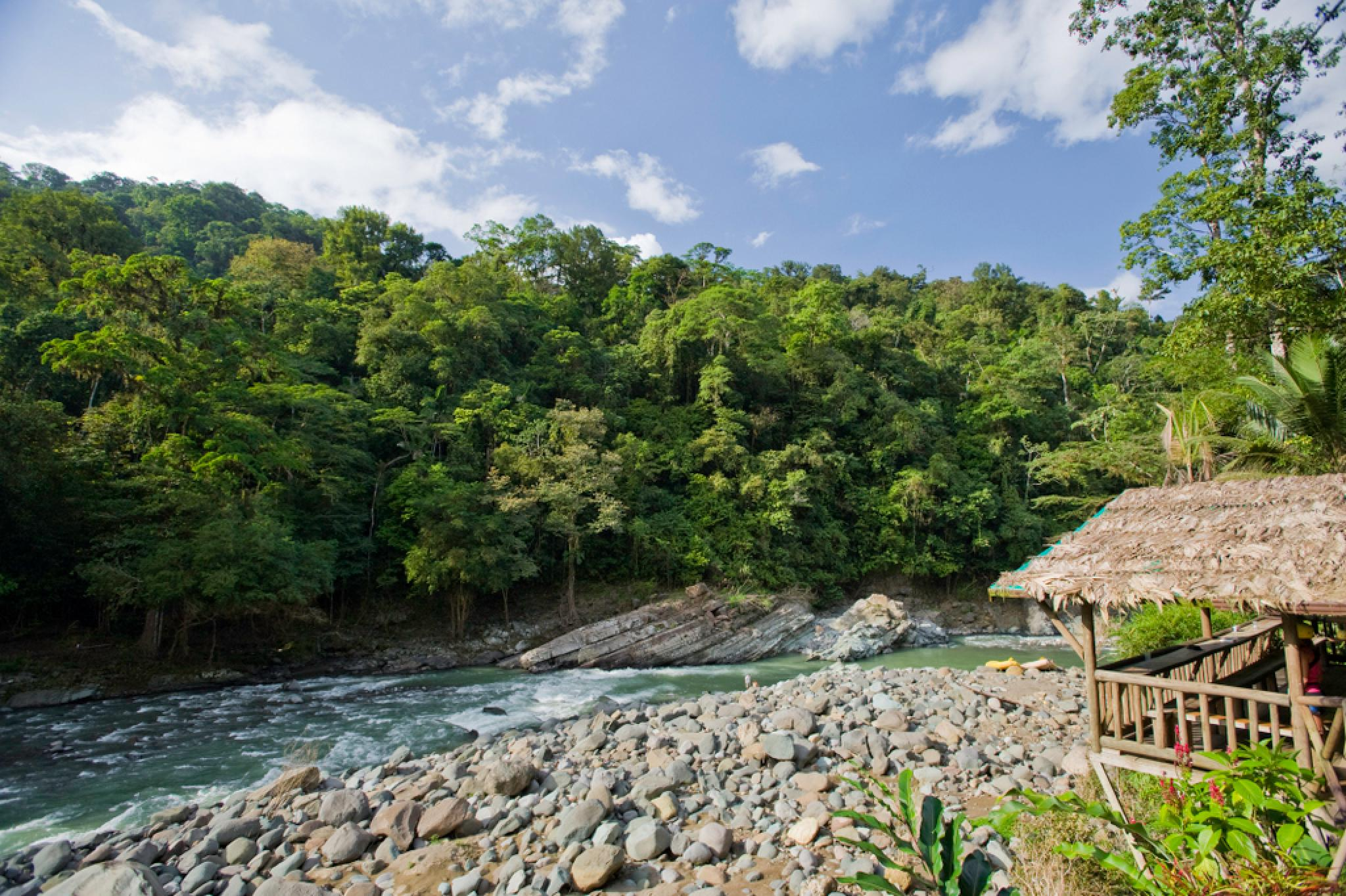 Pacuare River Rafting 4 Day Trip