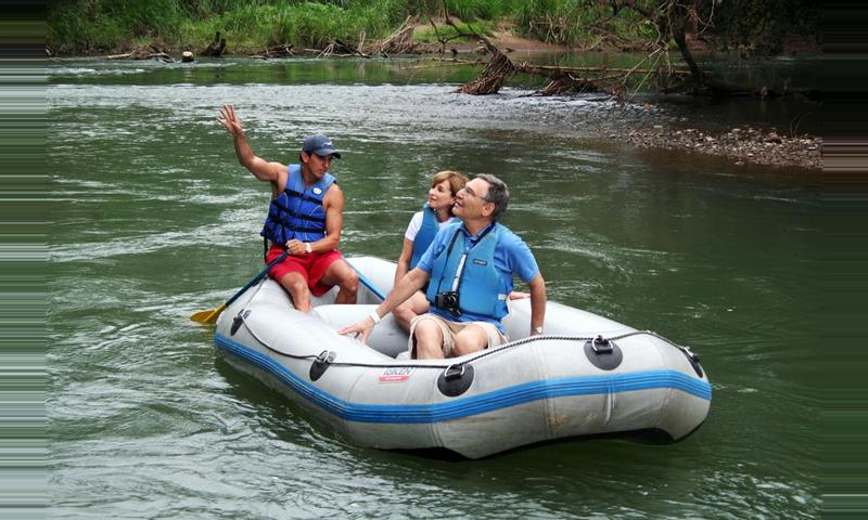 Tour Arenal 4 en 1 Safari Flotante & Tabacon Hot Springs
