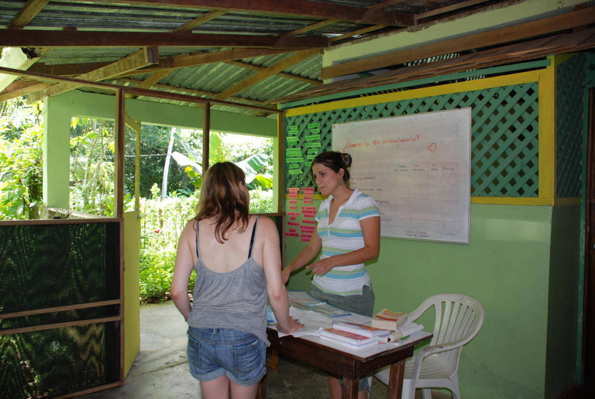 Proyecto Asis Half Day Tour with Volunteering