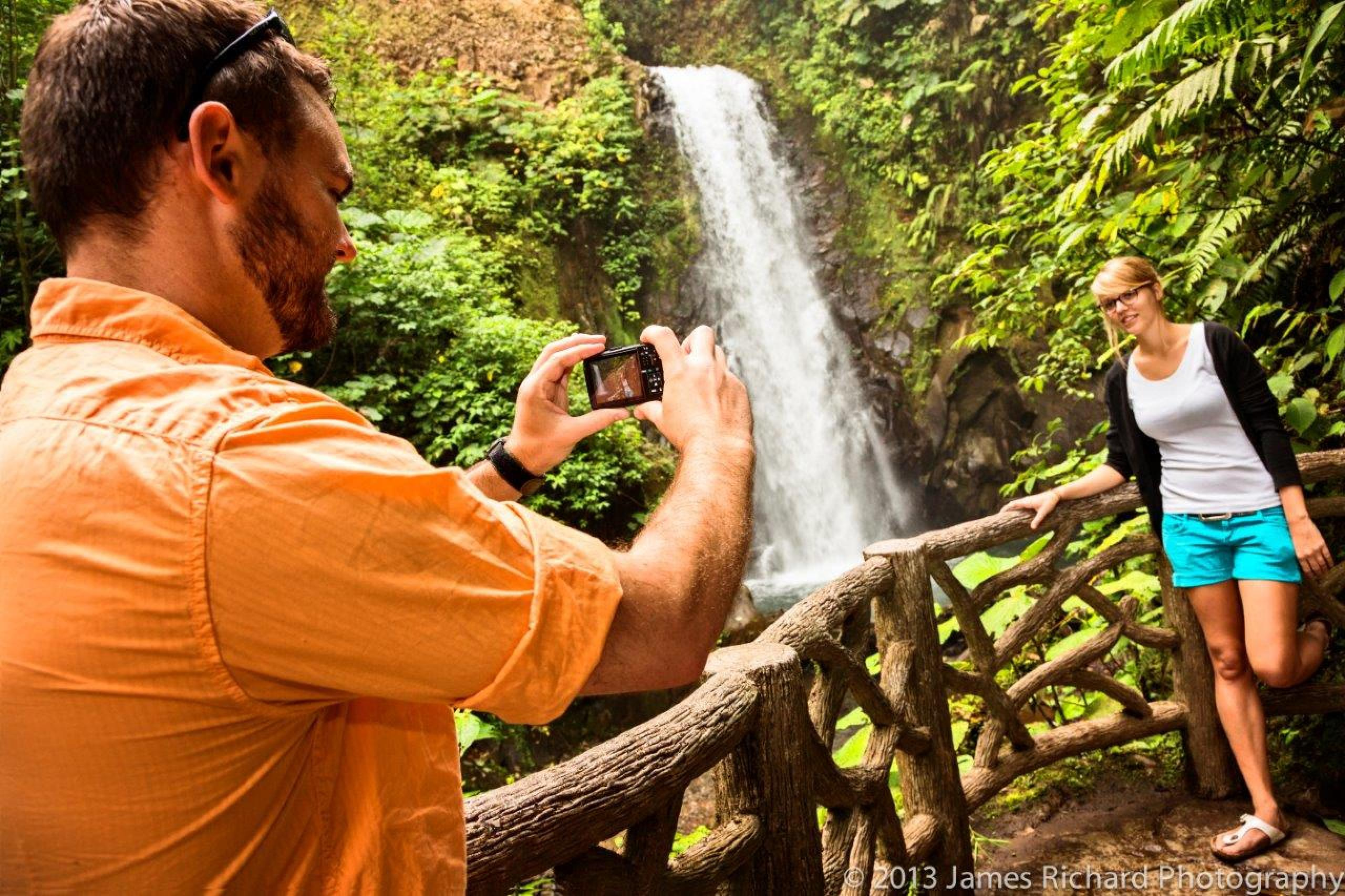 La Paz Waterfall Tour