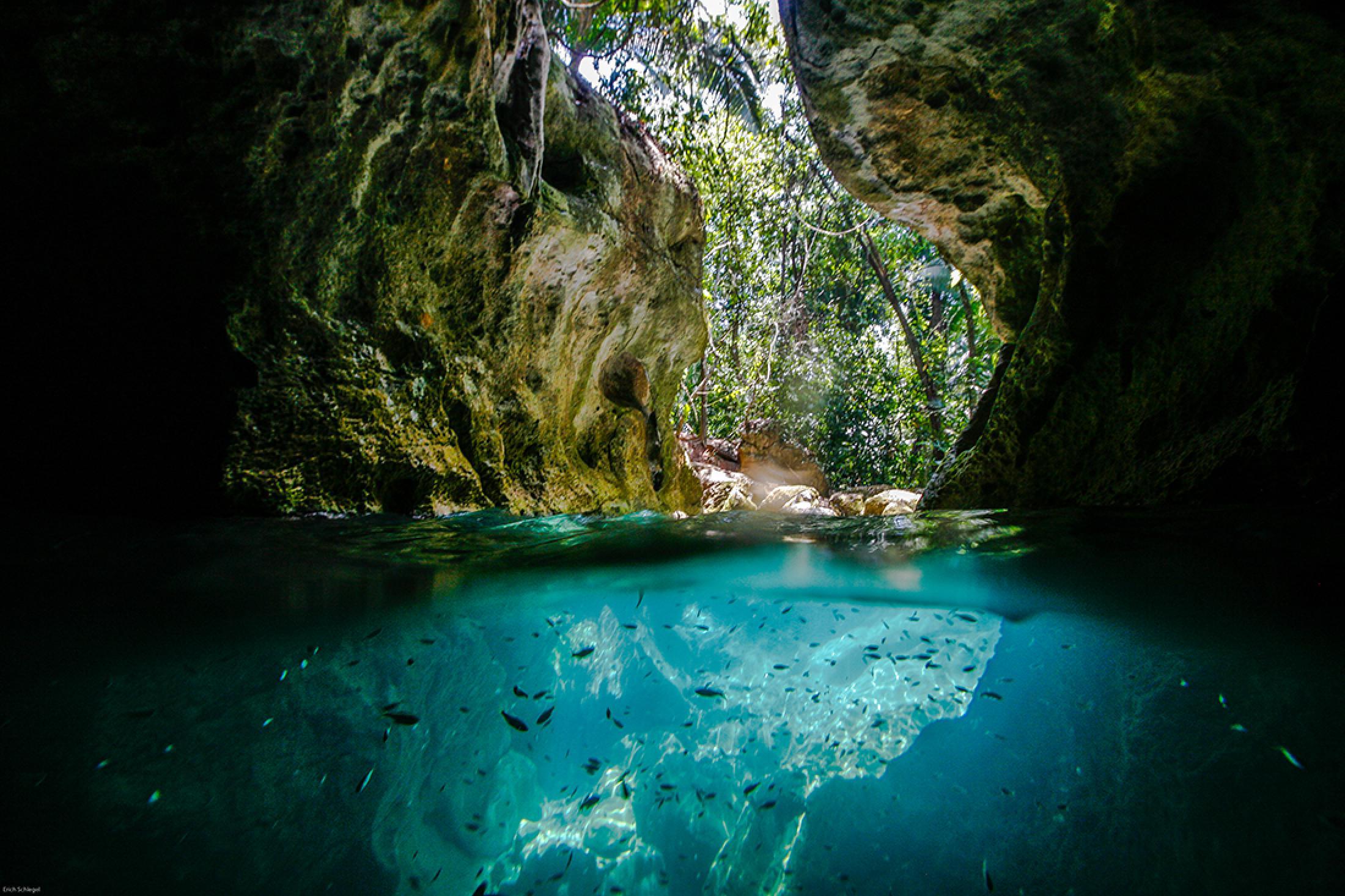 Tour a la Cueva Actun Tunichil Muknal