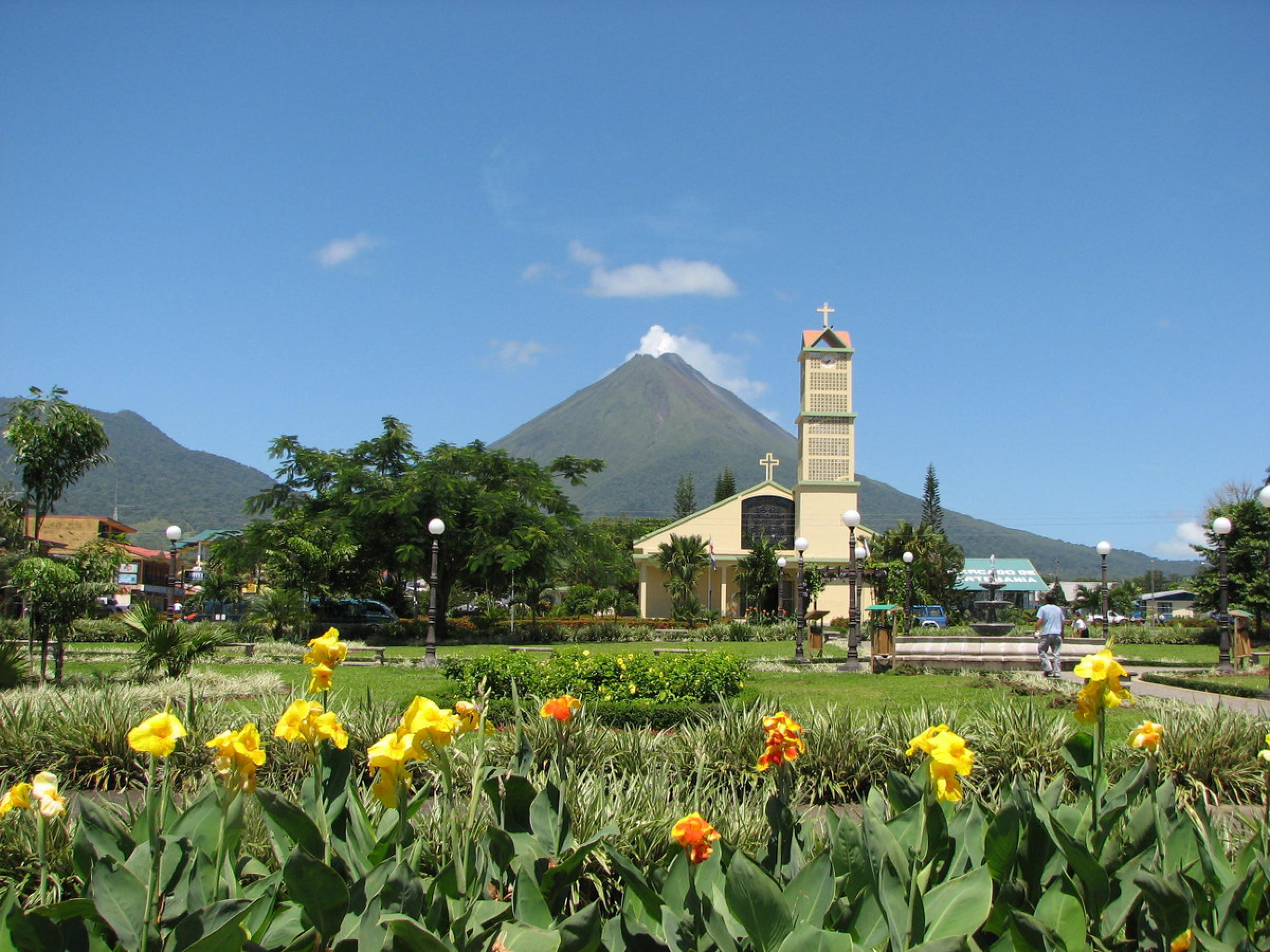 Arenal Volcano One Day Tour