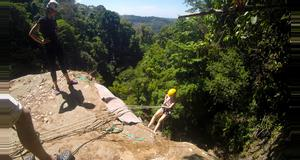 Costa Rica Rappelling en Cataratas Diamante Verde