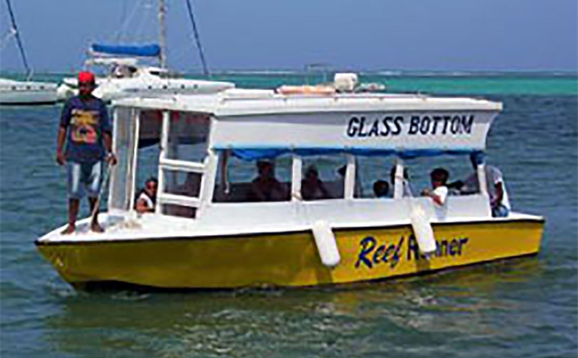 Tour en el Bote de Fondo de Vidrio