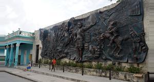 Cuba Tour por la ciudad de Holguín