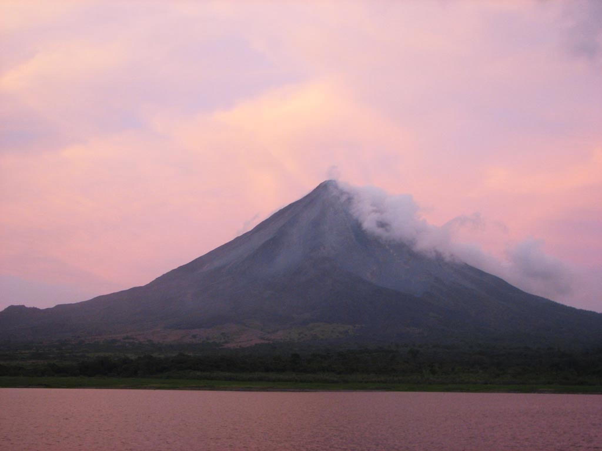 Monteverde to Arenal Horseback Tour - Lake Route