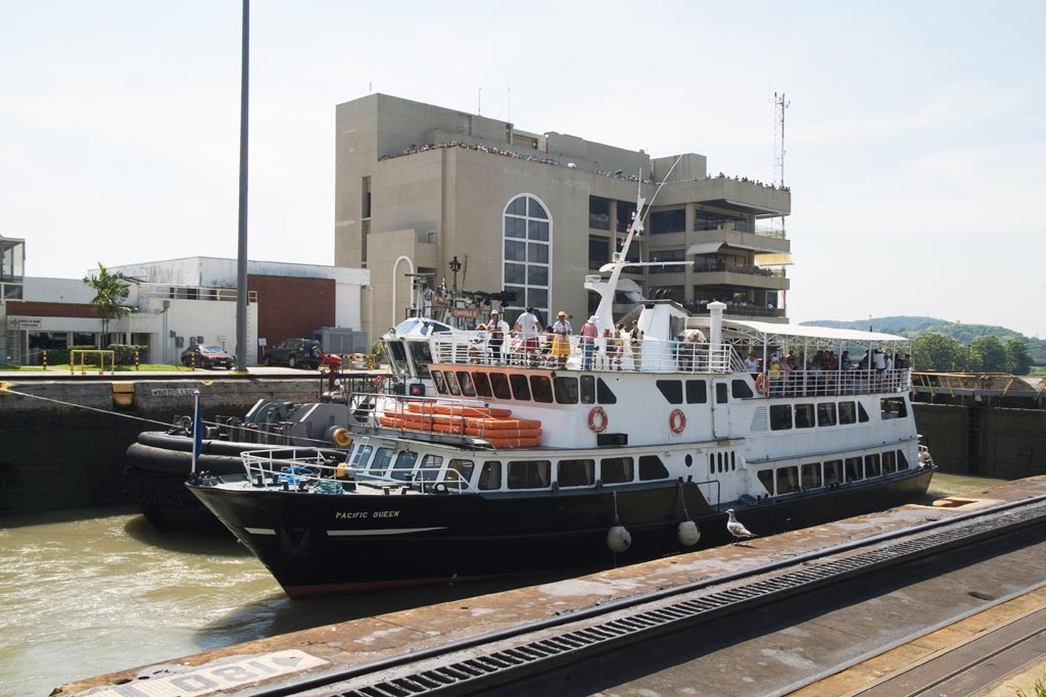 Pacific Queen Cruise Tour on Panama Canal