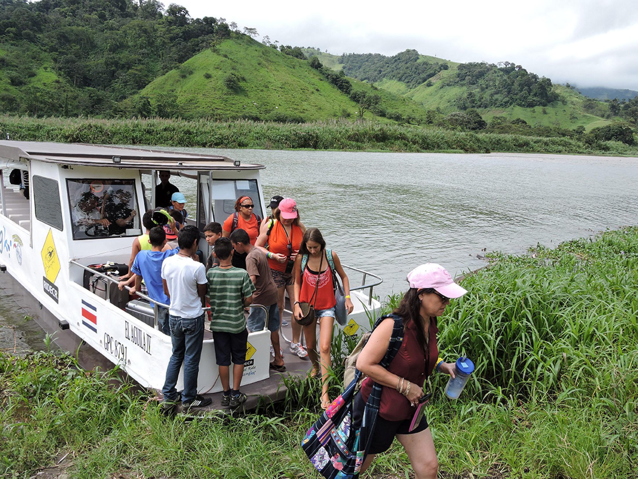 Ride Costa Rica Taxi-Boat-Taxi