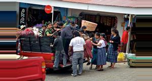 Guatemala Excursión al Mercado Sololá