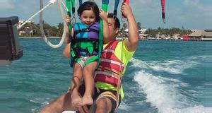 Belize Sunset Champagne Parasail Package Tour
