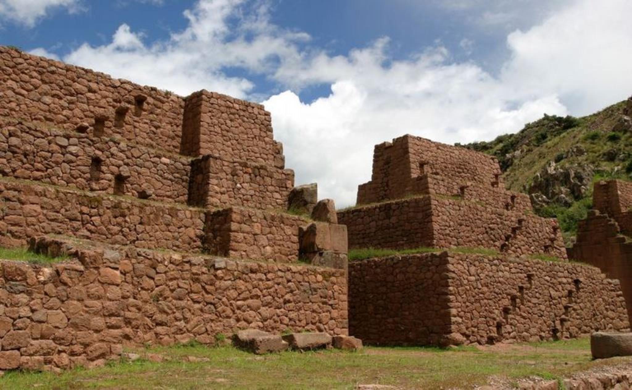 Tipon, Piquillacta and Andahuaylillas