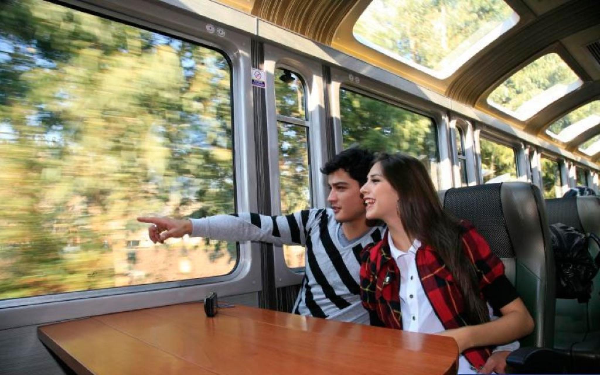 Tren Vistadome - Desde Poroy hacia Aguas Calientes