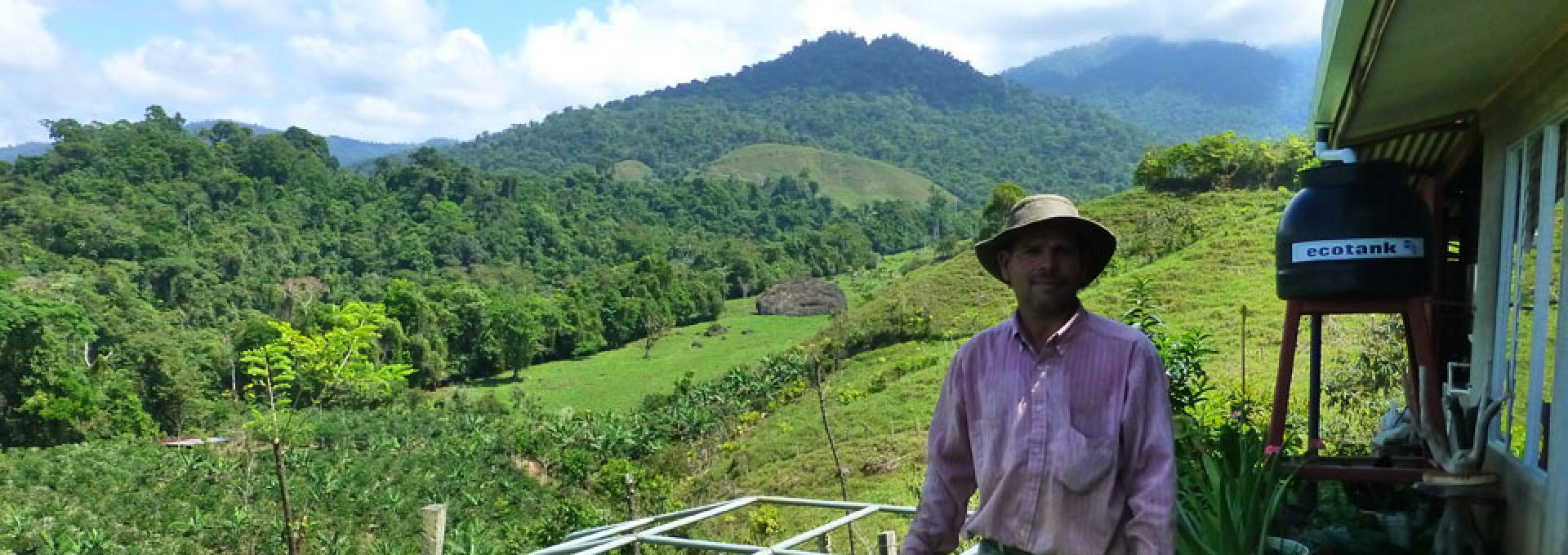 Volunteer in Sustainable Farming