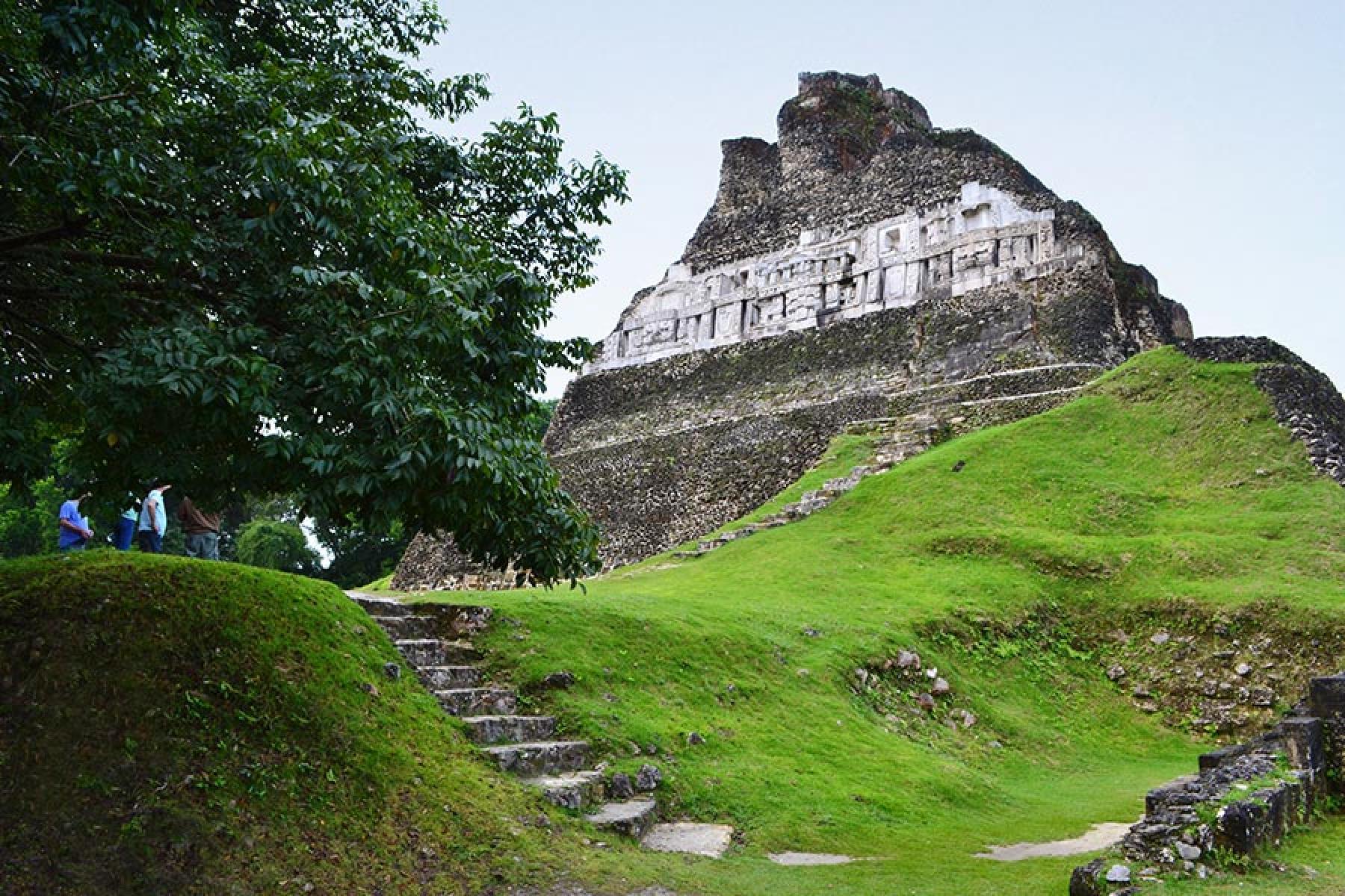 Xunantunich Templo Maya