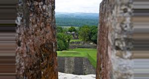 Belize Xunantunich Tour