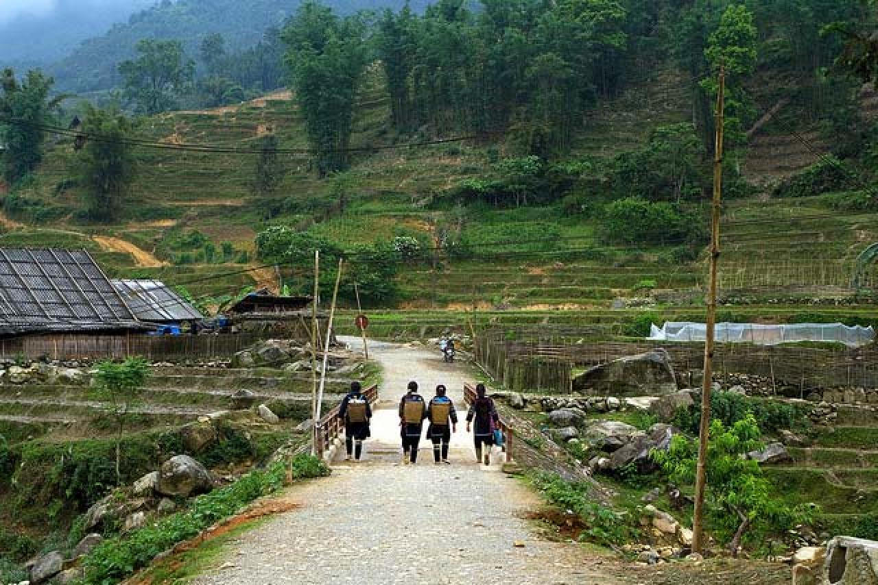 Experience Sapa 3 Days Tour by Train and Bus